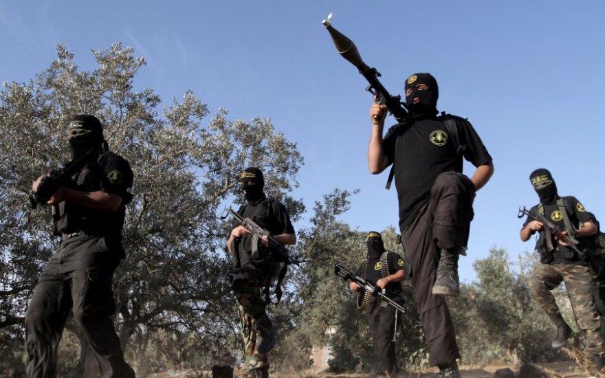 """Ispanijoje sulaikyta saitais su """"Al Qaeda"""" ir verbavimu karui Sirijoje įtariama grupuotė"""