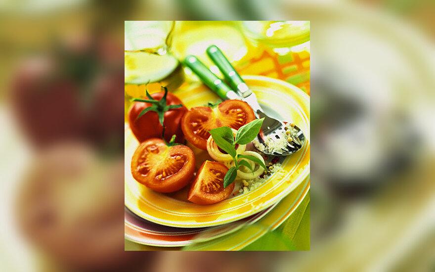 Pomidorai, salotos