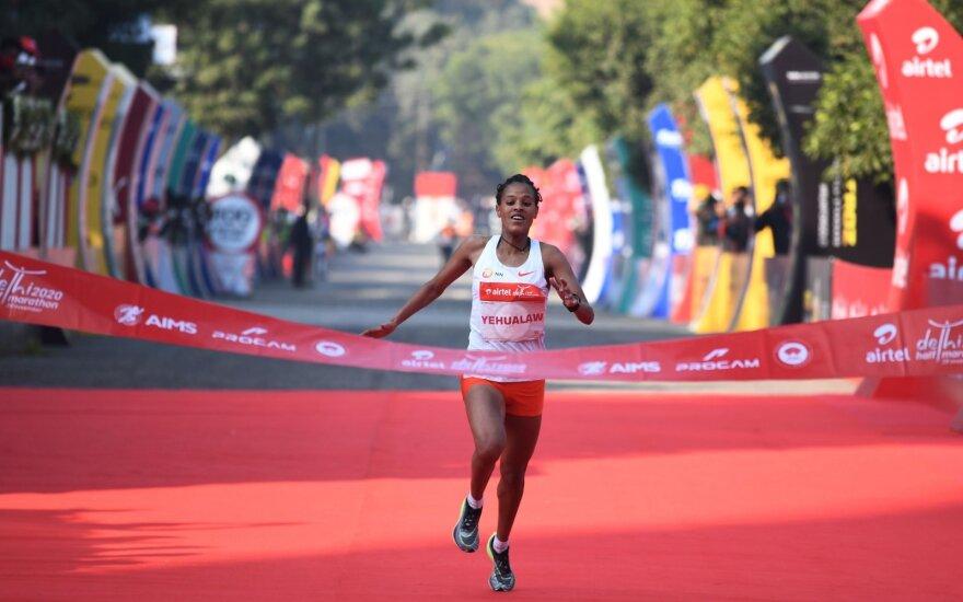 Delio pusmaratonio nugalėtoja Yalemzerf Yehualaw