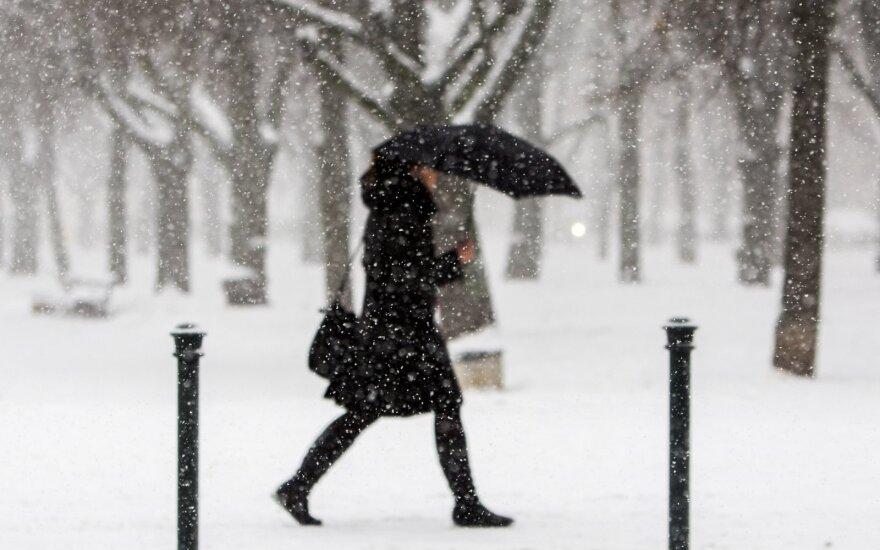 Sekmadienį stiprėjantis vėjas atneš sniego