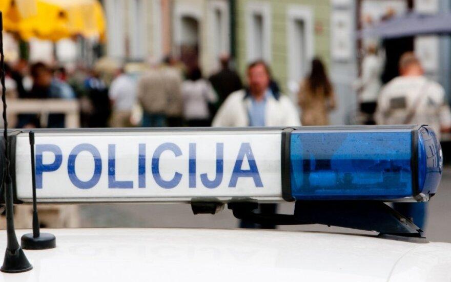 Liepą policija vykdys reidus prieš chuliganišką vairavimą, savaitgaliais tikrins blaivumą
