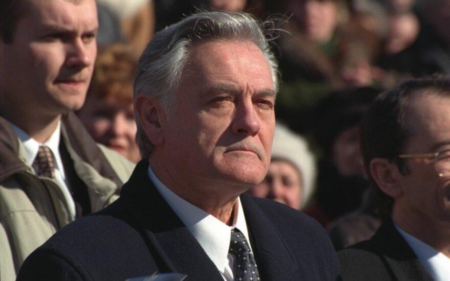 Former president Adamkus to publish a memoir book