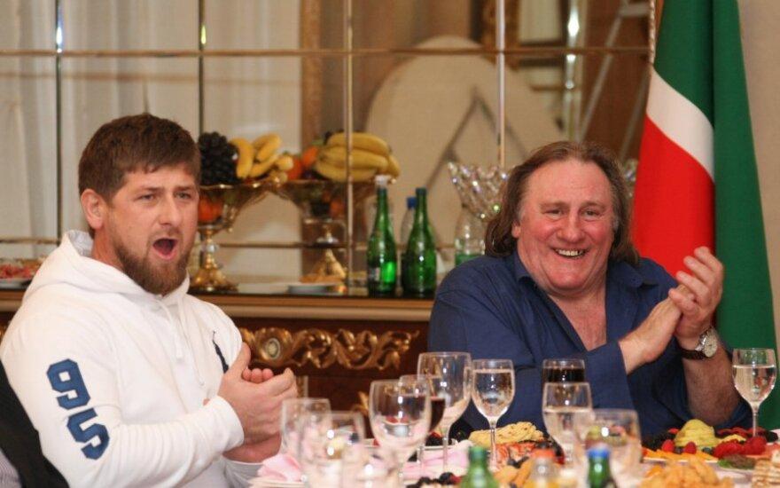 Ramzanas Kadyrovas ir Gerardą Depardieu