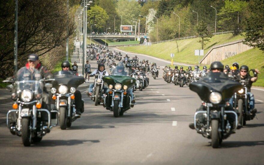 Motociklininkų patogumui – tik jiems skirtos stovėjimo vietos