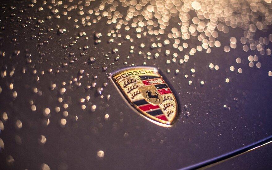 """""""Porsche"""" planuoja pradėti skraidančių taksi gamybą"""