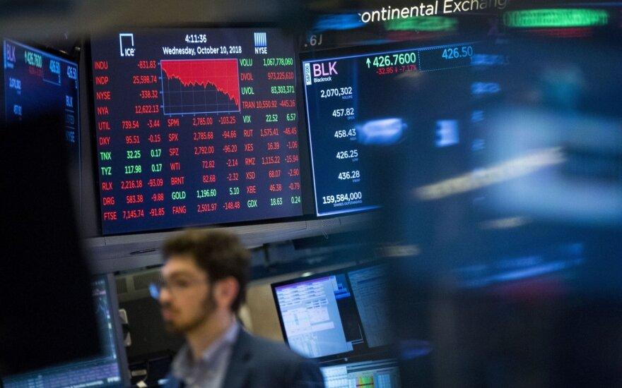 """""""Biržos laikmatis"""": akcijų indeksai smuktelėjo –investuotojai fiksavo pelnus"""