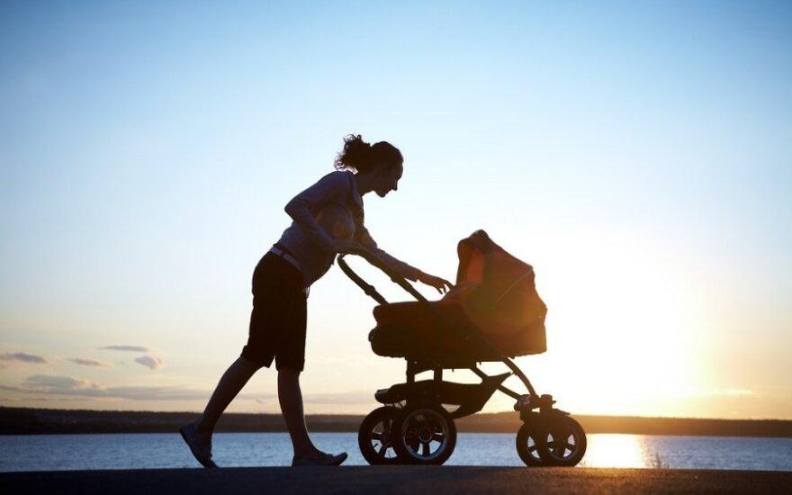Septyniolikos pastojusi vieniša mama sugebėjo sukurti sau ir dukrai pilnavertį gyvenimą