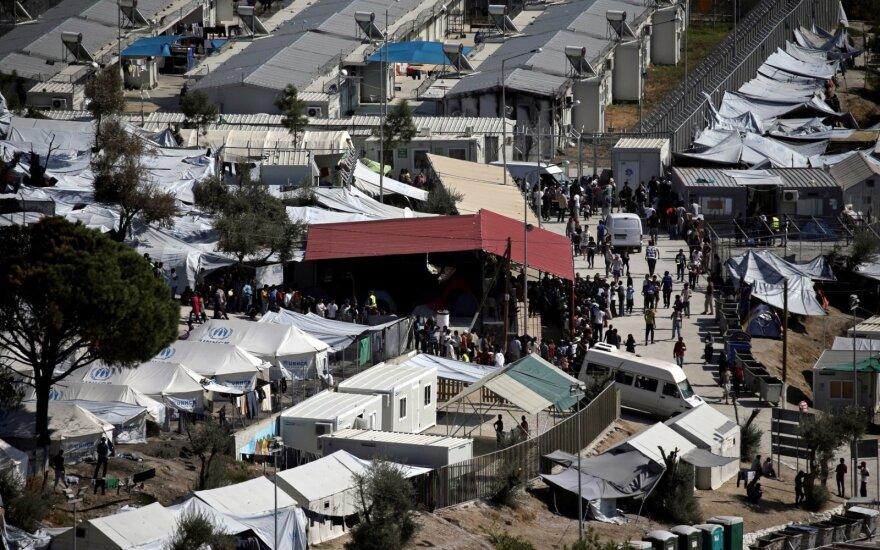 Graikijos policijos pareigūnai sulaikė daugiau nei 150 sunkvežimiais gabentų migrantų