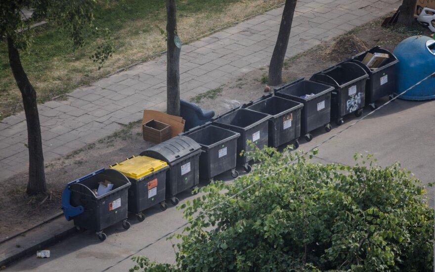 Vilniaus šiukšlių krizė: vežėjai nutraukia sutartis ir grasina branginti išvežimą