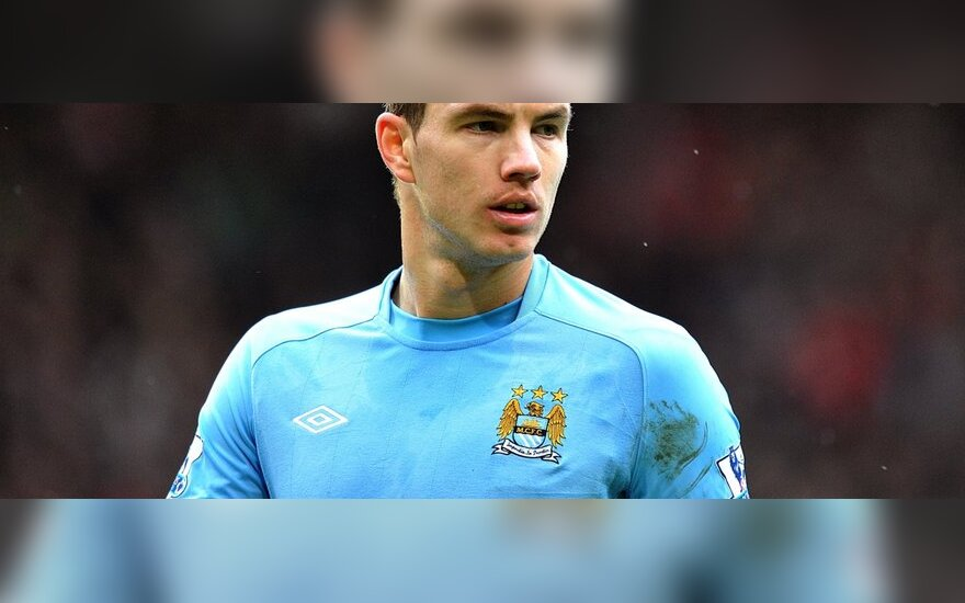 "Edinas Džeko (""Manchester City"")"
