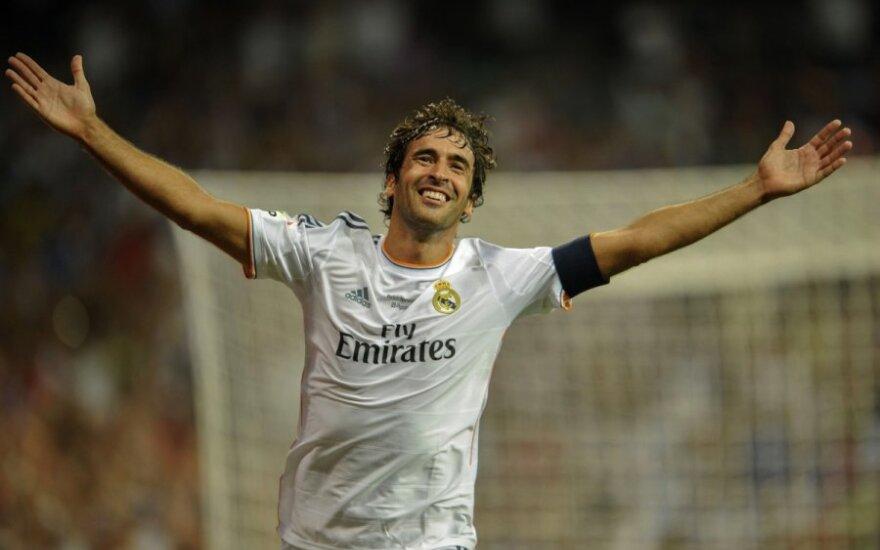 """Raulis ir vėl apsivilko Madrido """"Real"""" klubo marškinėlius"""