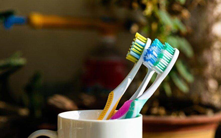 6 nešvariausi daiktai namuose ir patarimai, kaip juos nuvalyti