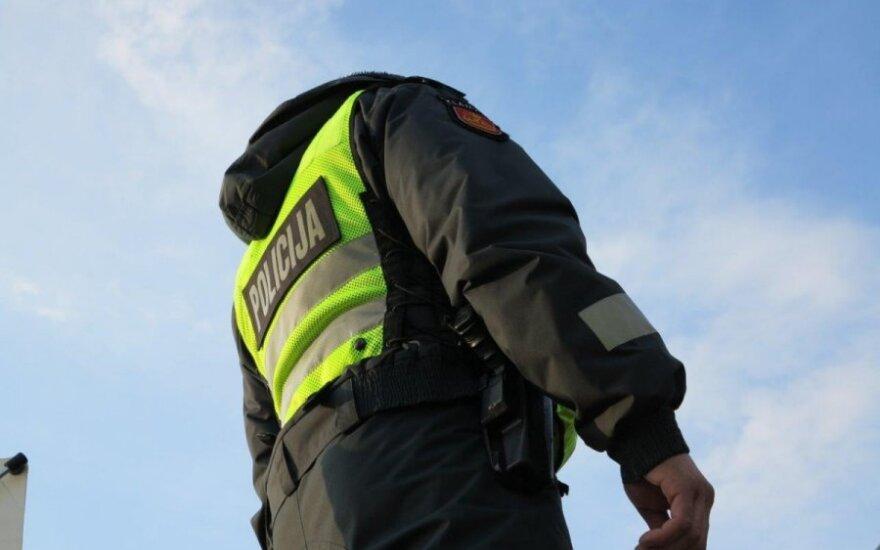 """Su policija susidūrę vairuotojai: apie džentelmeniškus pareigūnus ir tuos, kuriems nesako """"ačiū"""""""