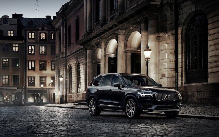 """Modelių atnaujinimą """"Volvo"""" pradėjo nuo """"XC90"""""""