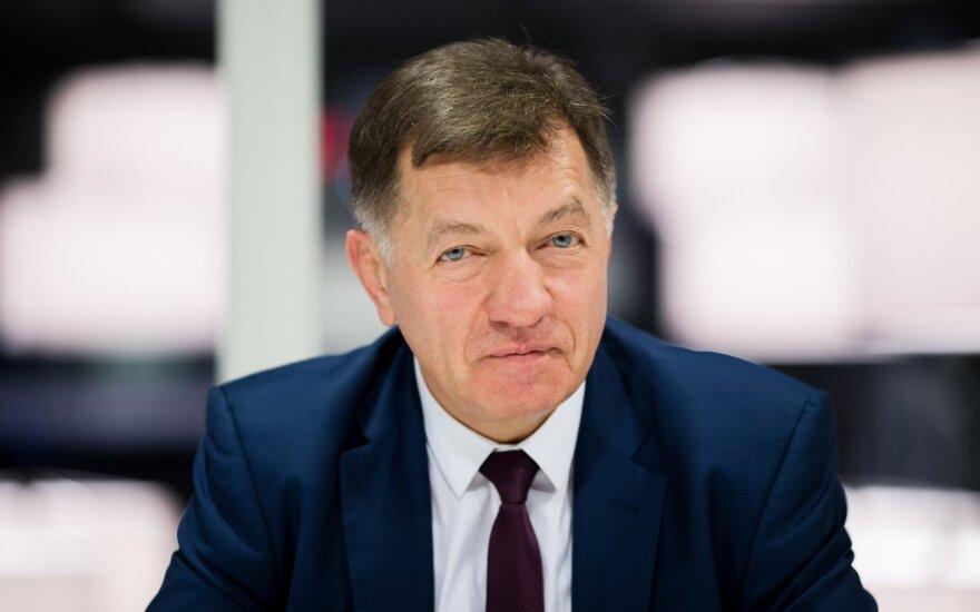 Algirdas Butkevičius. Po susisiekimo ministro atsakymų – klausimų dar lieka