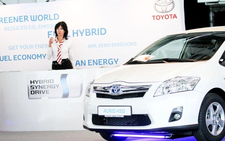 """""""Toyota"""" pranešė apie prastus pusmečio rezultatus"""
