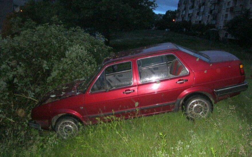 Vagims Vilniuje nepavyko pavogti automobilio