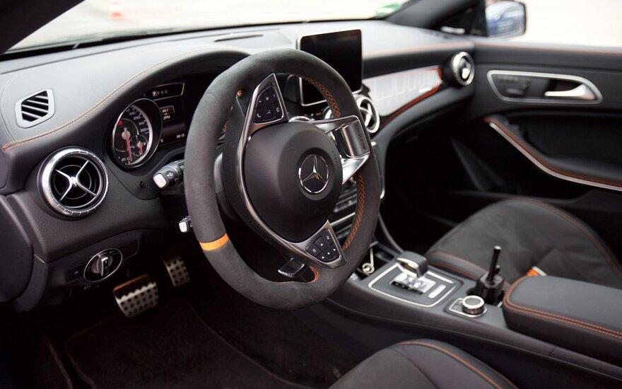 """Mercedes-Benz CLA 45 AMG Shooting Brake"""