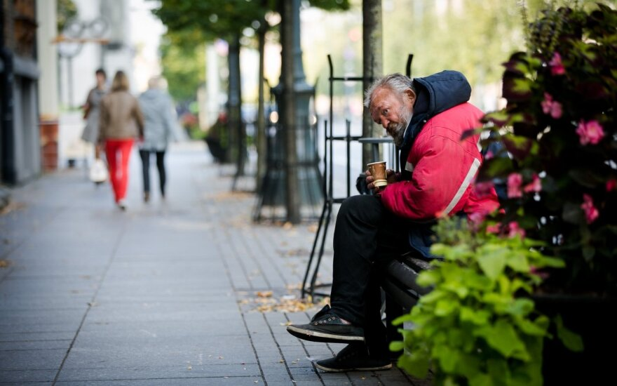Over fourth of Lithuania's population at risk of poverty