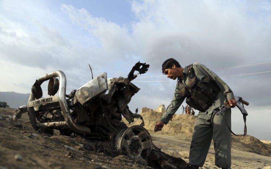 Per Talibano atakas dviejose Afganistano provincijose žuvo mažiausiai 14 žmonių