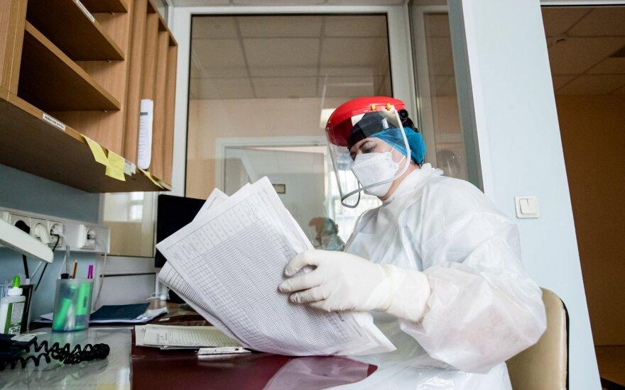 Pandemijos ir toliau nepavyksta suvaldyti: į pagalbą stoja verslas