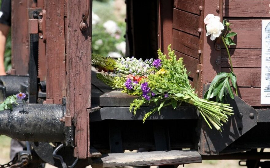 Lithuania commemorates 75 years since beginning of Soviet occupation and mass deportations