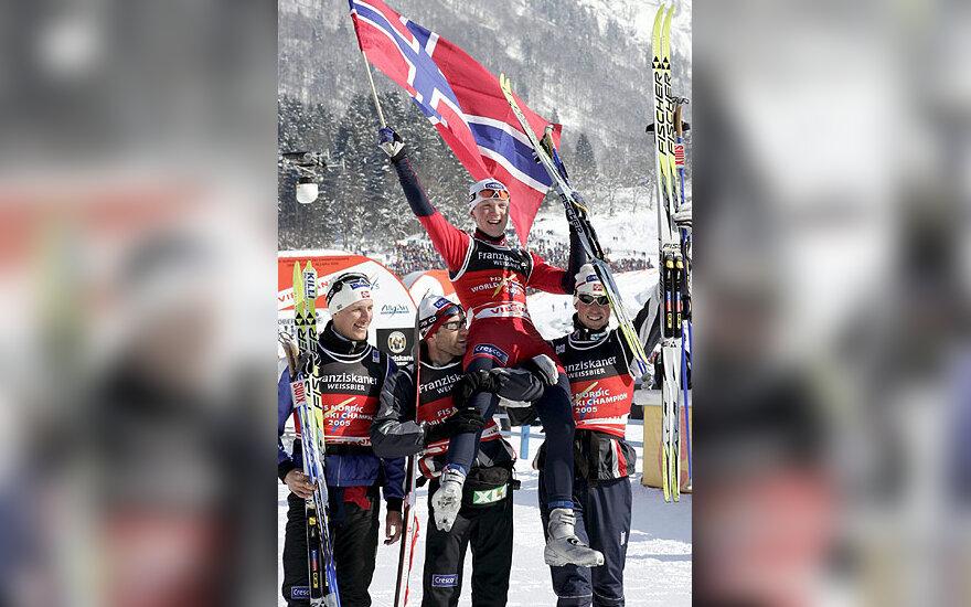 Norvegijos slidininkai džiaugiasi pergale pasaulio pirmenybėse