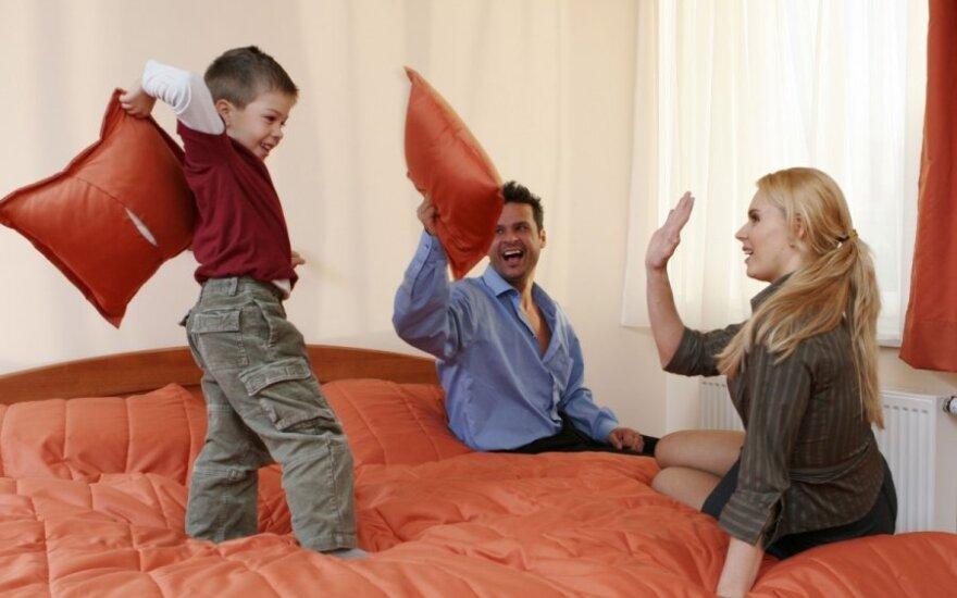 Patarimai tėvams, kaip būti paauglio vaiko draugu ir išlikti autoritetu