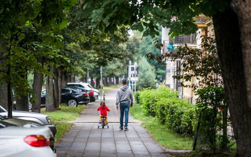 Laiškai tėčiui parodė, kokie dalykai vaikams svarbiausi: tai nesikeičia net suaugus