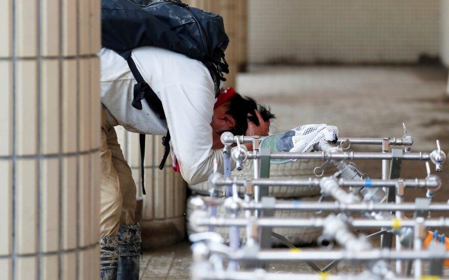 Japonijoje karščio banga pareikalavo keliolikos gyvybių, kai kur temperatūra pakilo iki 39,8 laipsnio