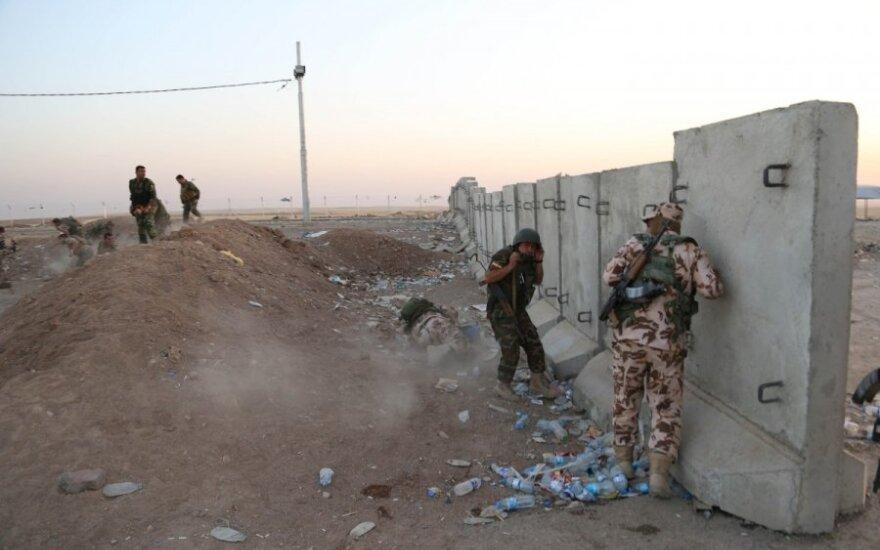 """""""The Daily Telegraph"""": Britanija pasiuntė specialiąsias pajėgas į Irako šiaurę"""