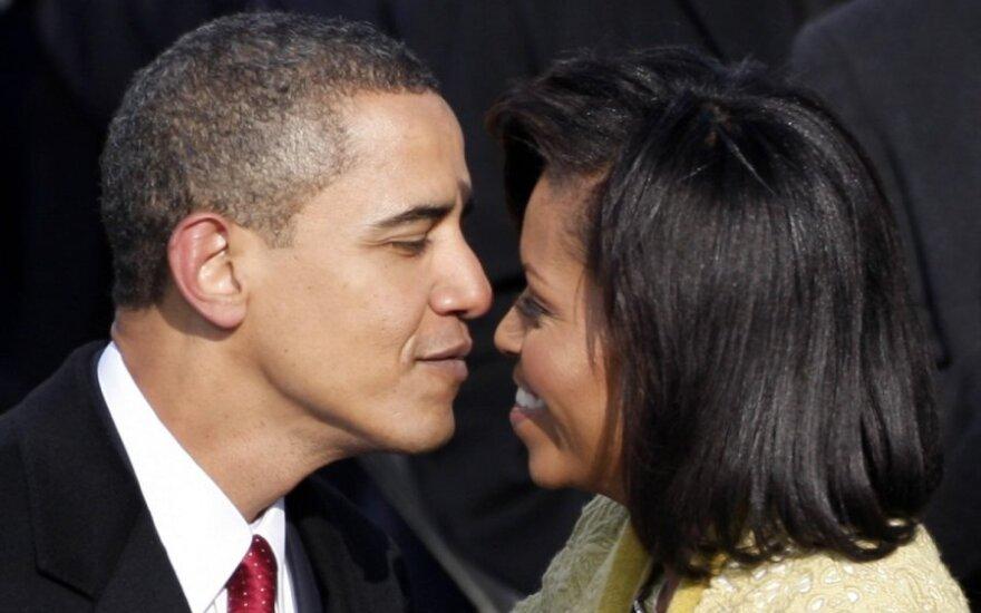Mėgstamiausia B. Obamos knyga – apie iš išorės spindinčią, tačiau tamsių paslapčių kupiną santuoką