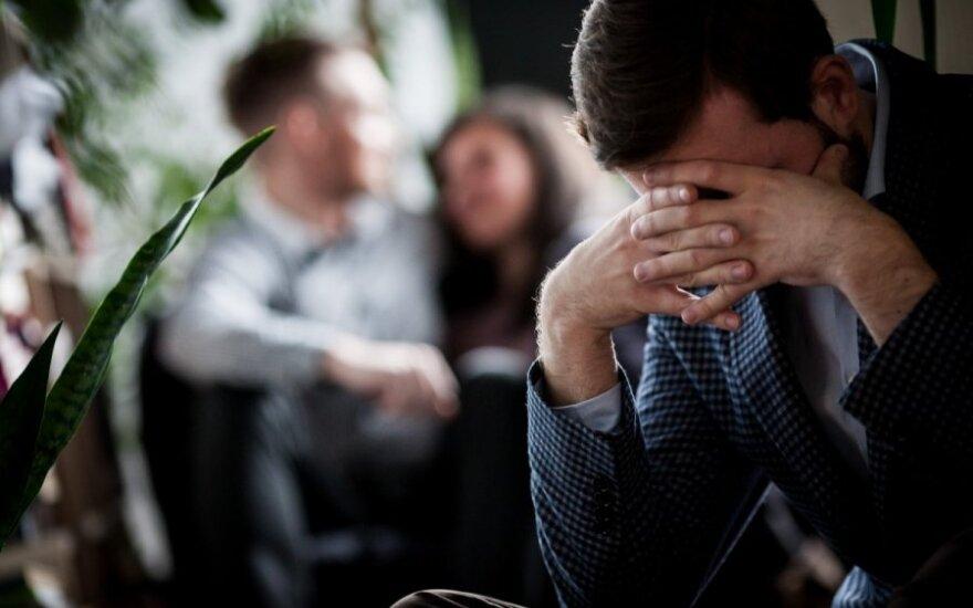 Mylimą moterį išdavęs sutuoktinis dalijasi patirtimi