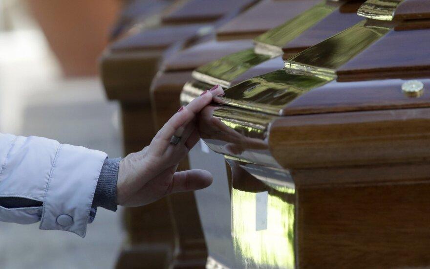 Pirmą kartą šiame amžiuje per metus mirė mažiau nei 40 tūkst. Lietuvos gyventojų