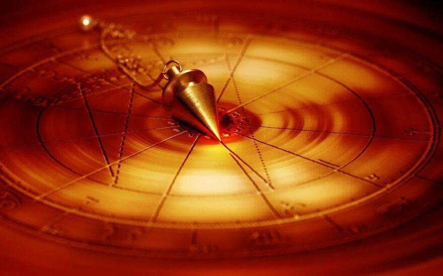 Astrologės Lolitos prognozė vasario 16 d.: šventiškų nuotaikų diena