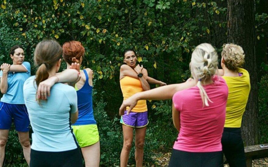 Bėgimo akademijos treniruotėse – elitinės Lietuvos bėgikės