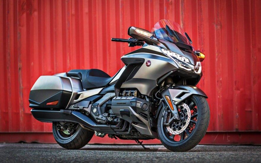 """""""Gold Wing"""" motociklas"""