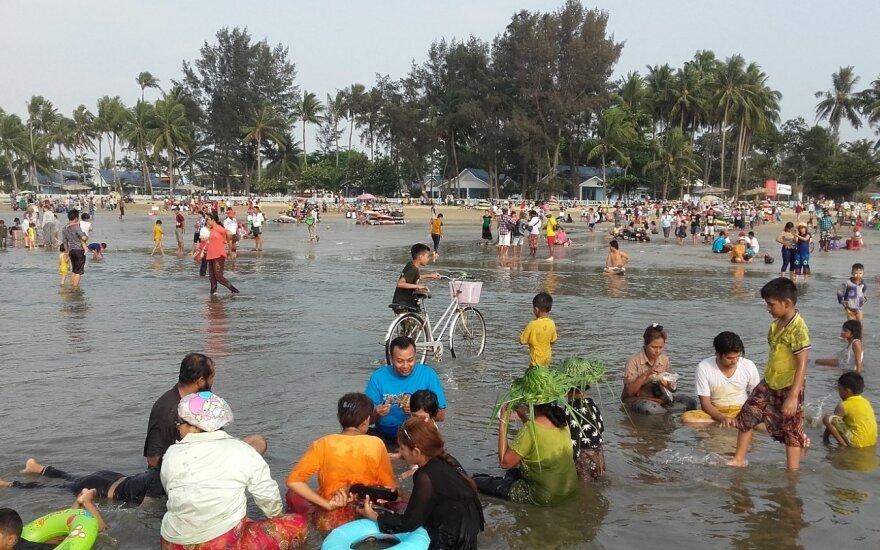 Dešimtmečiais slėptos šalies kurortai šokiruoja: balto smėlio paplūdimius vietiniai pavertė srutų duobe