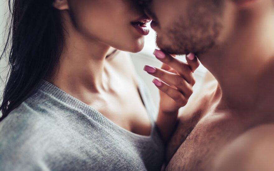 Ką daryti, jei jūsų partneriui sekso reikia kasdien, o jums – rečiau