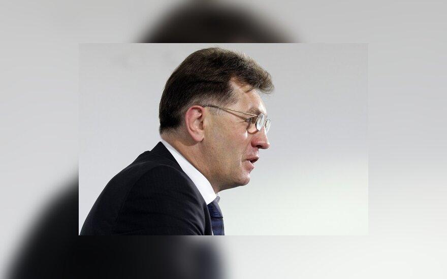 A.Butkevičiui kliūna trijų ministrų veikla