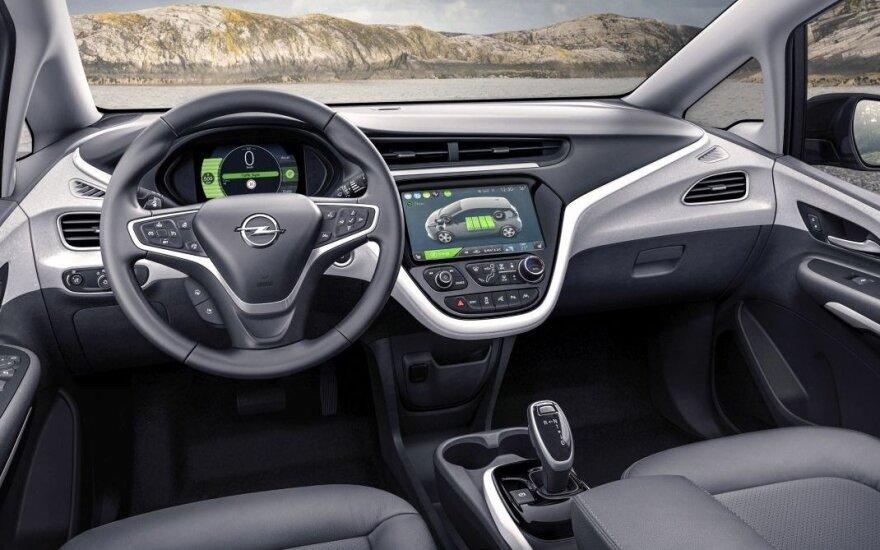 """""""OnStar"""" sistema montuojama ir """"Opel"""" automobiliuose"""