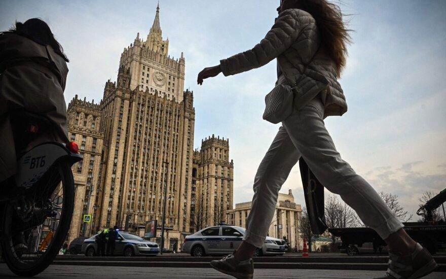 """Po Maskvos """"rekomendacijų"""" JAV ambasadorius palieka Rusiją"""