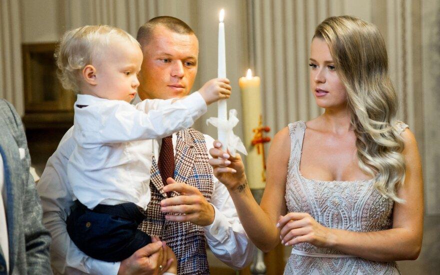 Futbolininkas D. Šernas pakrikštijo savo jaunėlį sūnų: svarbiausia čia ne vieta ar dovanos