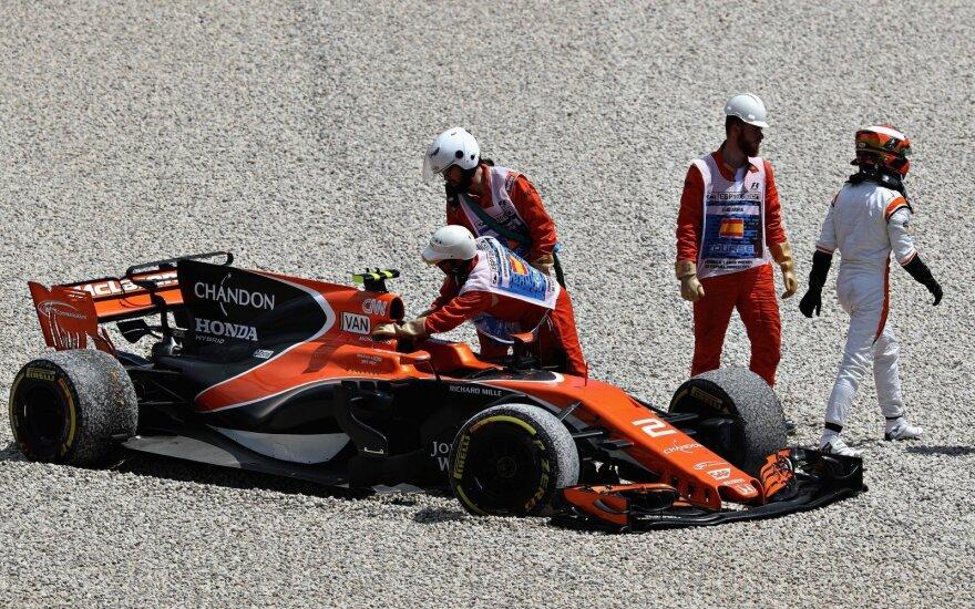 """McLaren"" bolidas Ispanijoje"