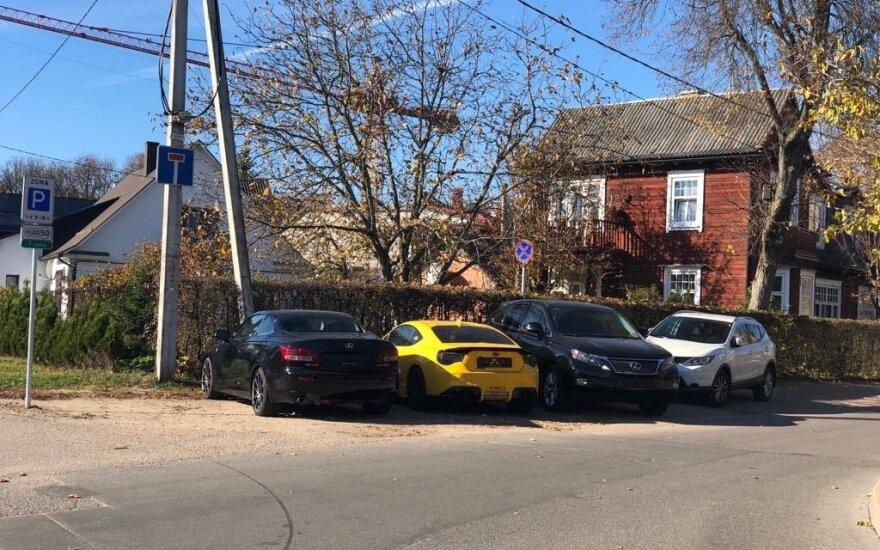 Vilniaus vairuotojai mokėjimo už stovėjimą vengia išradingu būdu