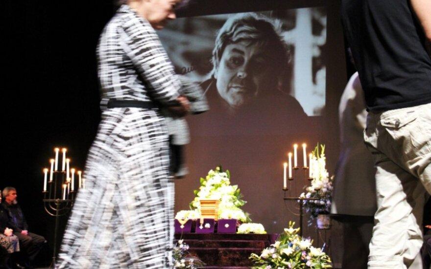Panevėžys atsisveikina su garbės piliečiu, aktoriumi D. Banioniu