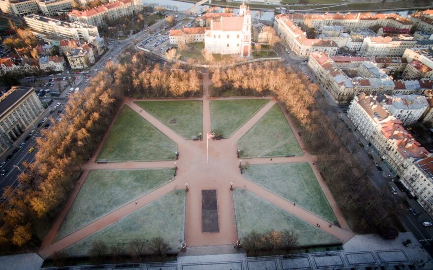 Sutarimas pasiektas: Lukiškių aikštę sutvarkys iki metų pabaigos
