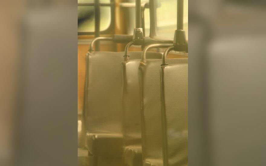 Autobusas, visuomeninis transportas