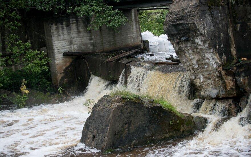 Prieš pradedant darbus nukreiptas Belmonto užtvankos vanduo
