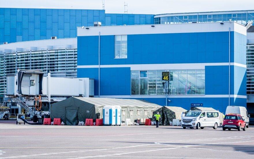 Karantino vaizdai iš Vilniaus oro uosto (nuotr. Martyno Jaugelavičiaus)
